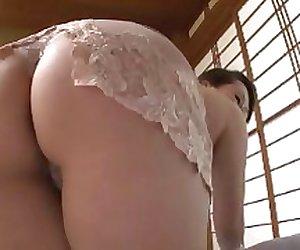 Miyuki  Japanese  mature 1