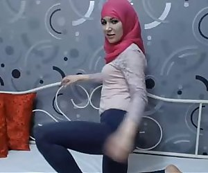 Muslim Girl Mashallah ! Hijab 2013