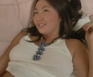 Raquel - 18 to 21 Asian Nympho Gets Laid