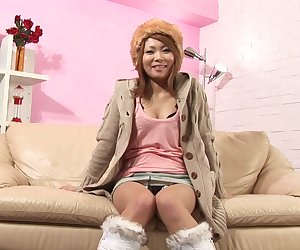 Japanese babe plays with herself