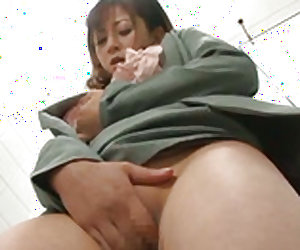 Horny chick works on her cunt