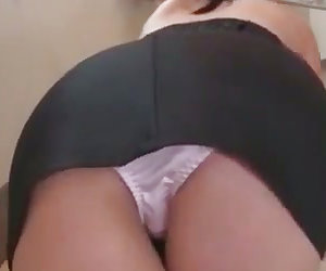 Sexy Japanese Babe Banging Video 4